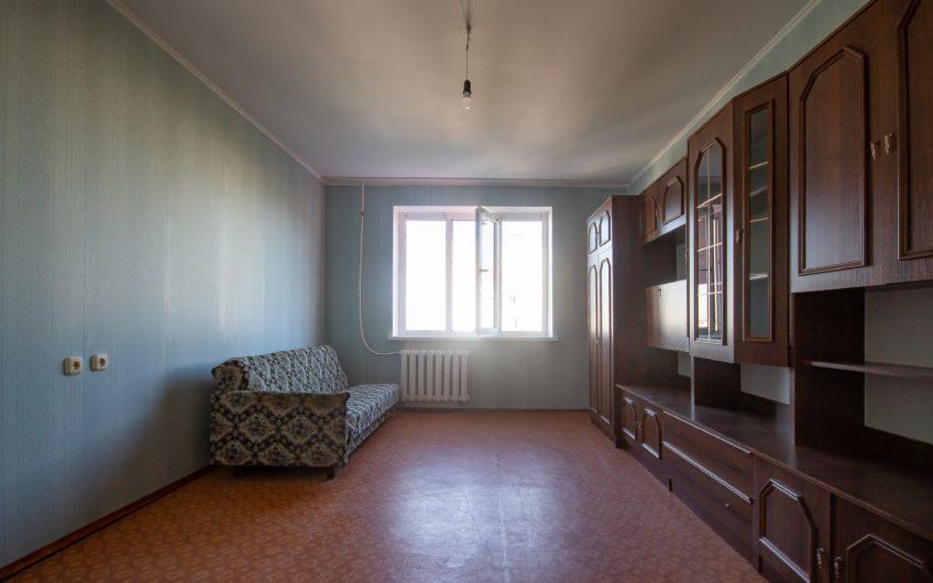 Квартира с 3 раздельными комнатами, 3 балконами, этаж 6 из 9